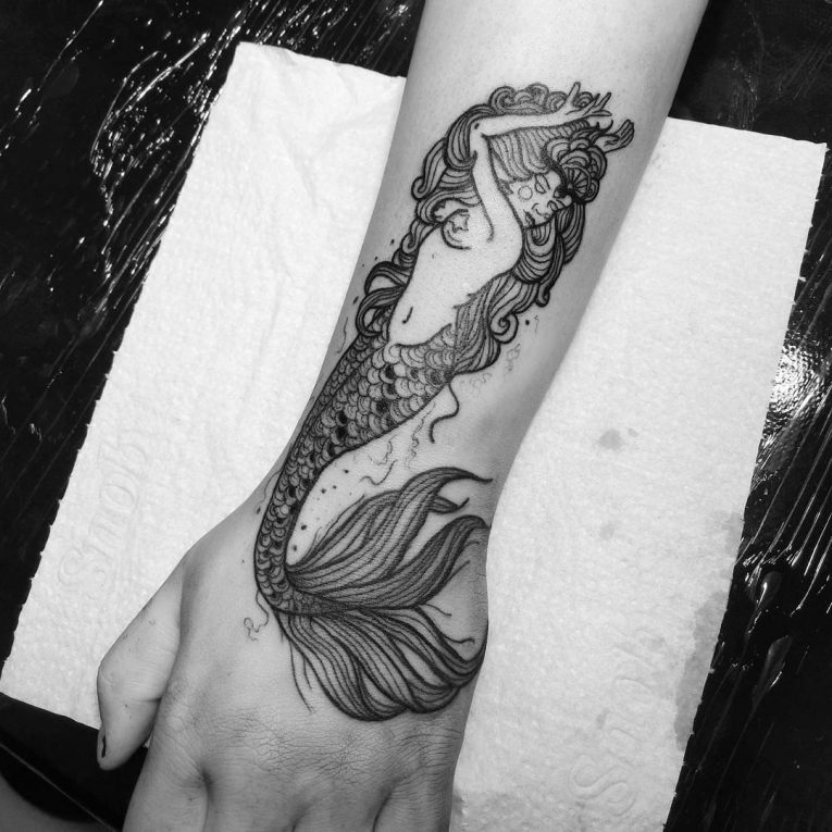 70+ Stunning Ocean Tattoo Ideas - Show Your Love for the Sea
