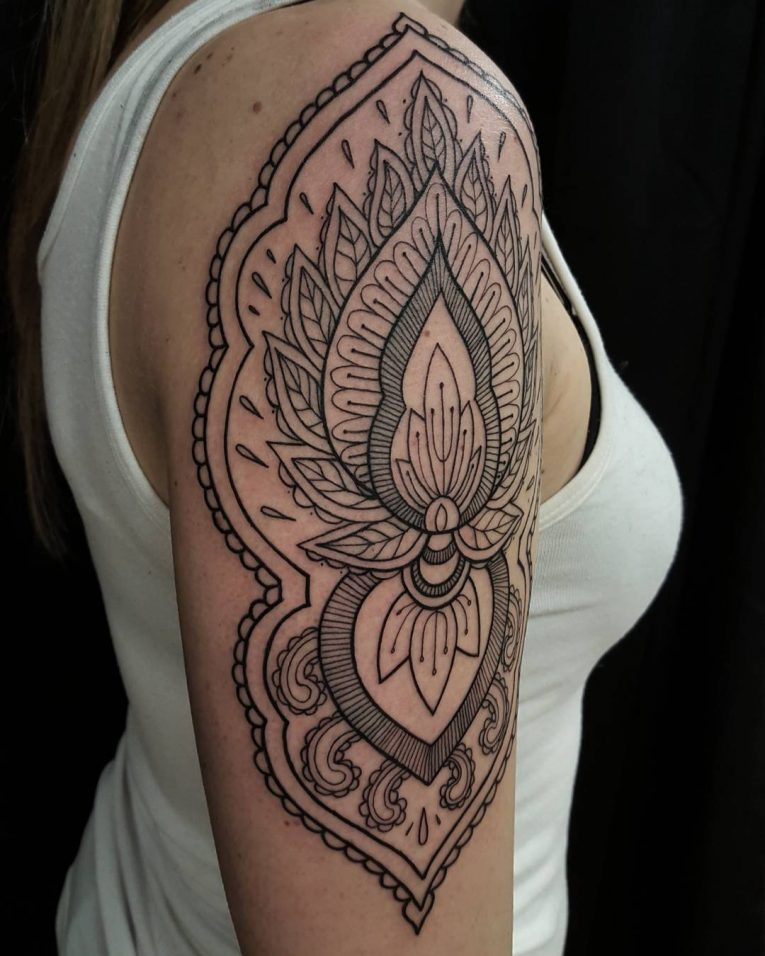 Paisley Tattoo 50