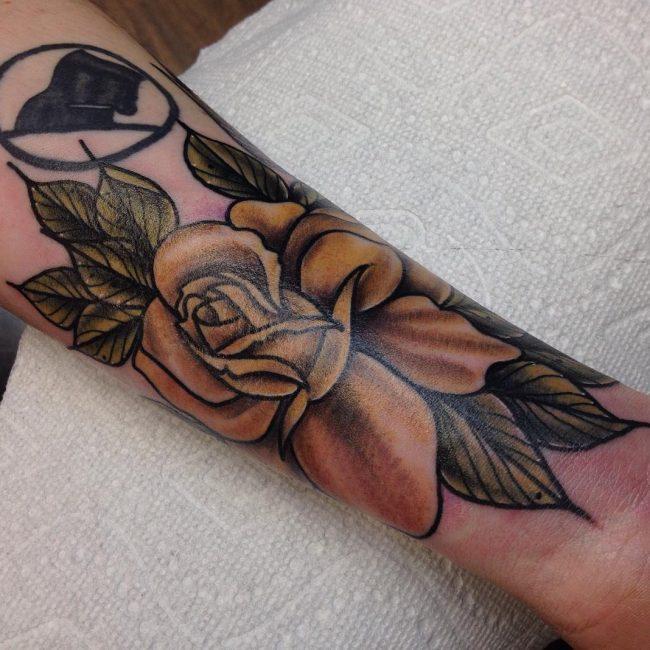 Roses Tattoo 65