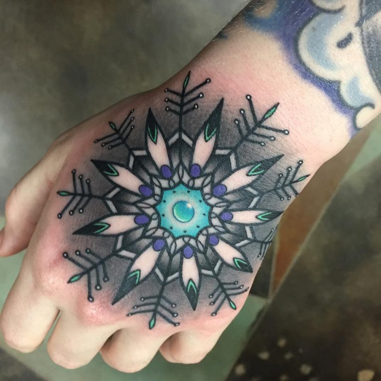 69 With Out Tattoos: 75+ Cute Snowflake Tattoo Ideas