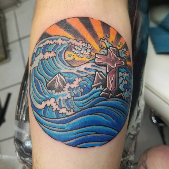 Wave Tattoo 77