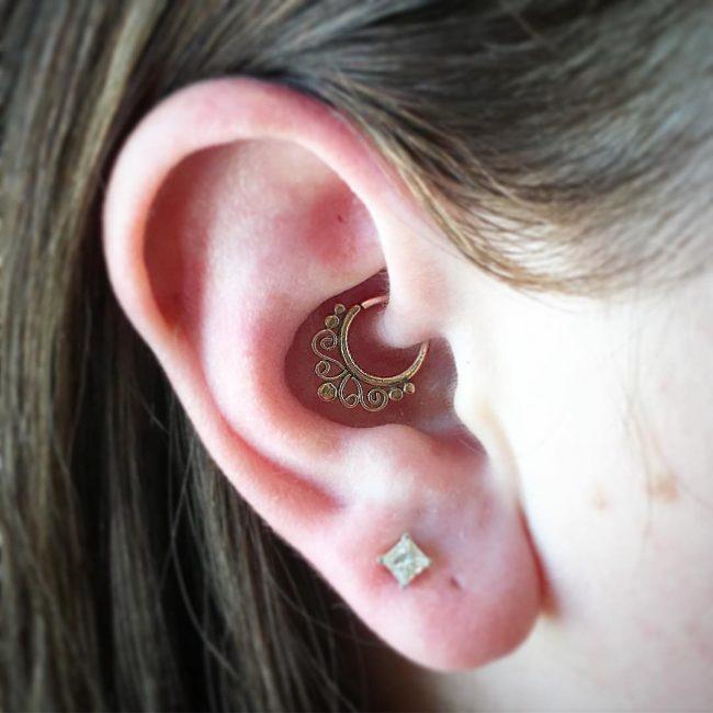 Cartilage Piercing 47