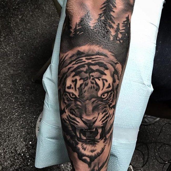 Empire Tattoo 16