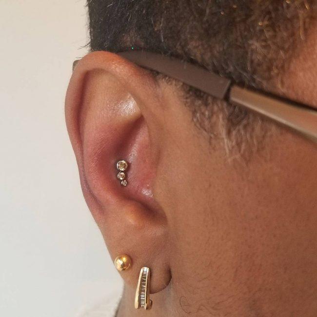 Conch Piercing 28
