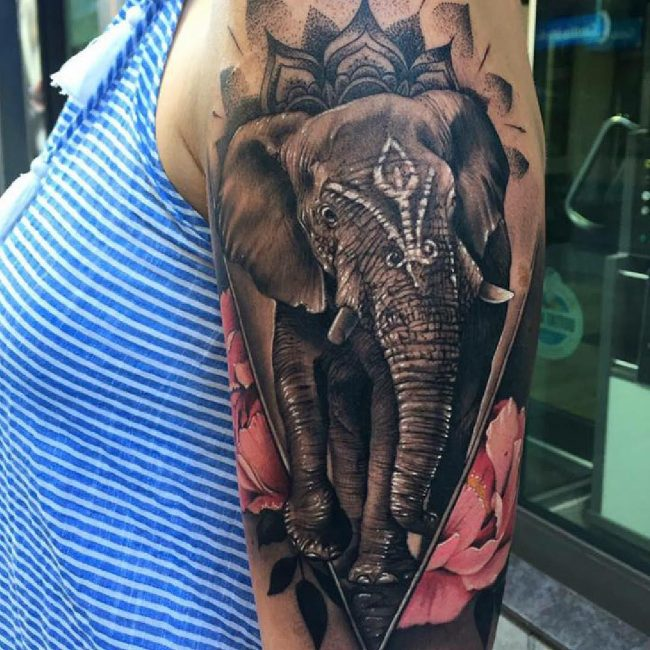 Realistic Tattoos 35
