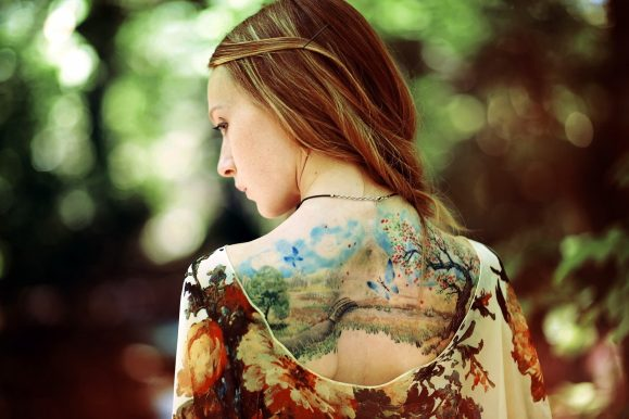 90+ Charming Feminine Tattoo Designs – Dainty, Fun and Ladylike