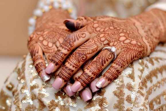 65 Festive Mehndi Designs – Celebrate Life and Love With Henna Tattoos