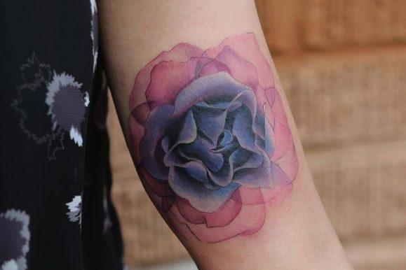 125+ Stunning Arm Tattoos For Women – Meaningful Feminine Designs