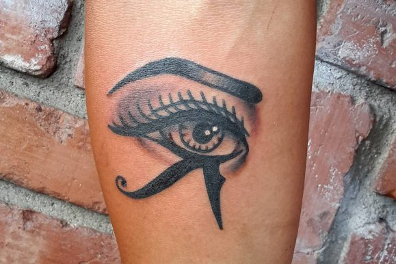 45 Incredible Egyptian Eye of Ra Tattoos Designs & Meanings – Sun God Horus (2019)