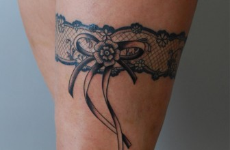 70+ Charming Garter Tattoo Designs – Using a Totem to Keep in Touch with Your Feminism
