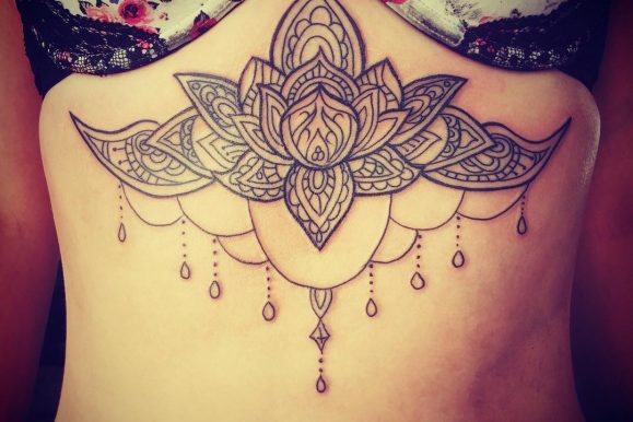 85+ Contemporary Underboob Tattoo Ideas – Sexy & Elegant