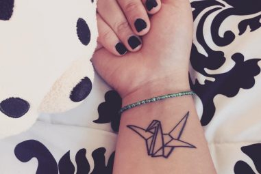 90+ Unique Small Wrist Tattoos for Women and Men – Simplest To Be Drawn
